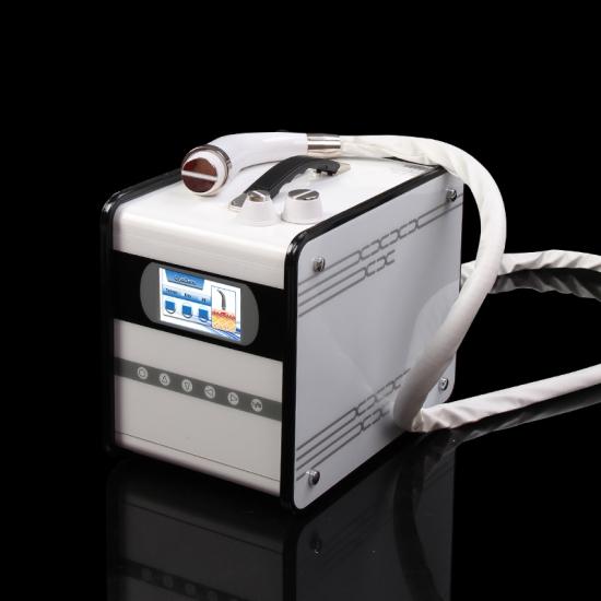 تصویر دستگاه لیزر پزشکی